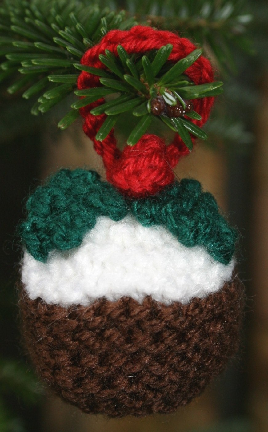 From the artistic to the kitsch: Christmas Pudding Pattern – Tess ...